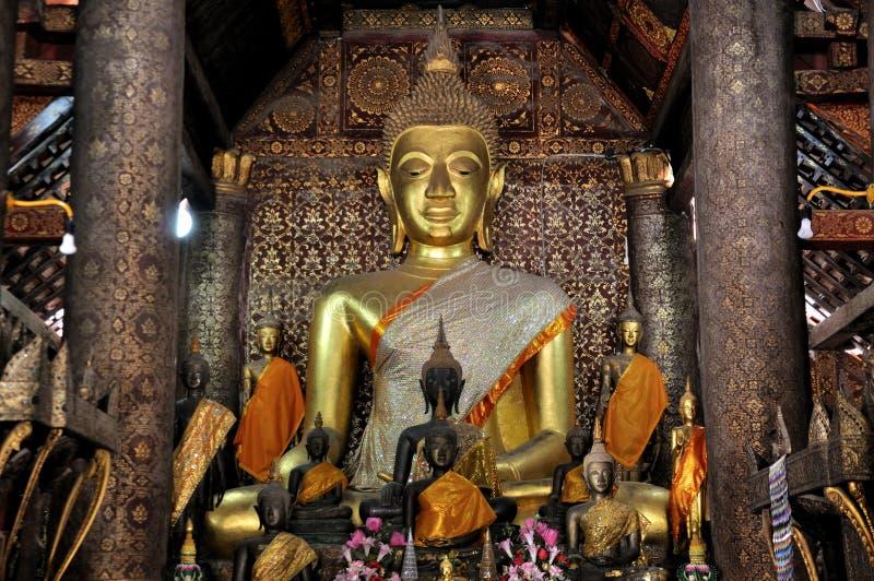 Buddha alla cinghia di Wat Xieng immagine stock
