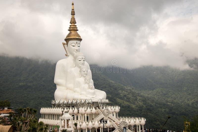 Buddha alla luce fotografie stock libere da diritti