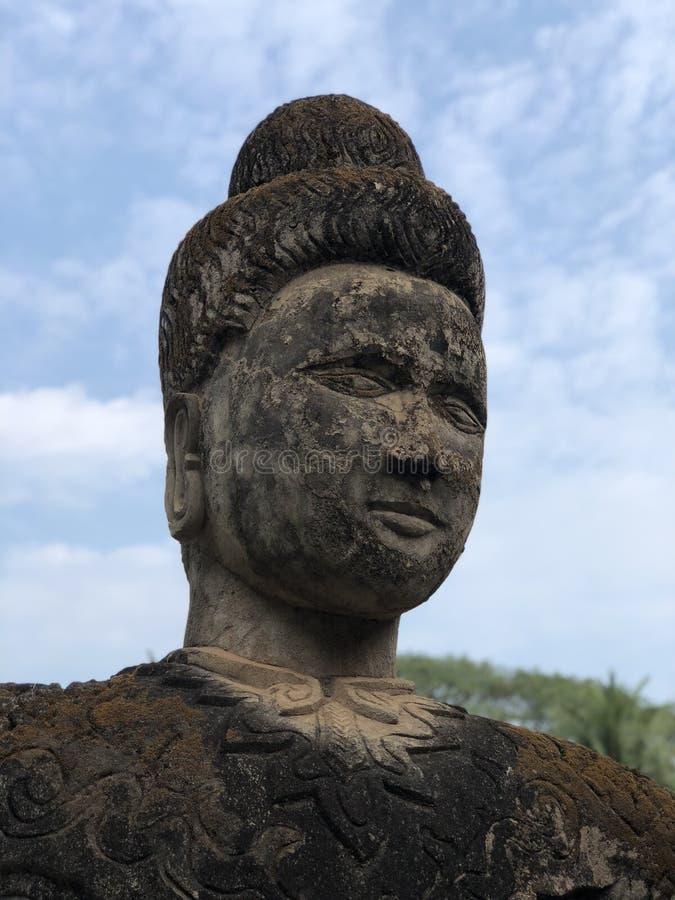 Buddha anziano nel Laos immagini stock libere da diritti