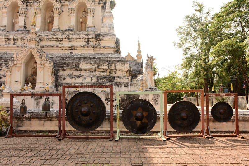 Buddha de oro en el símbolo de Thailand imagen de archivo