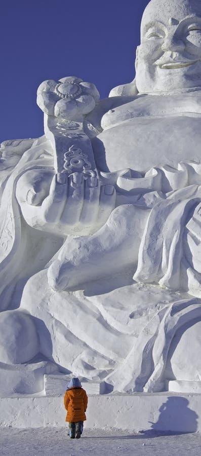Buddha di risata gigante ha ammirato immagini stock libere da diritti