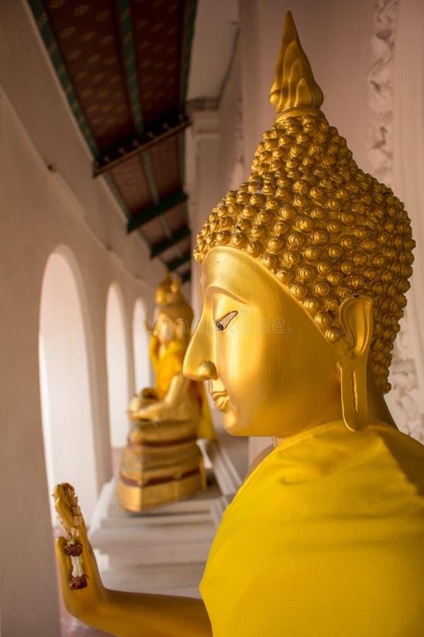 buddha diagram sitting royaltyfri foto
