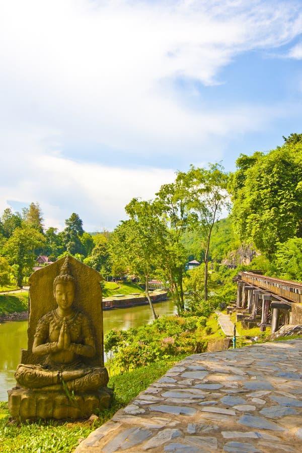 Buddha-Eisenbahn lizenzfreie stockfotos