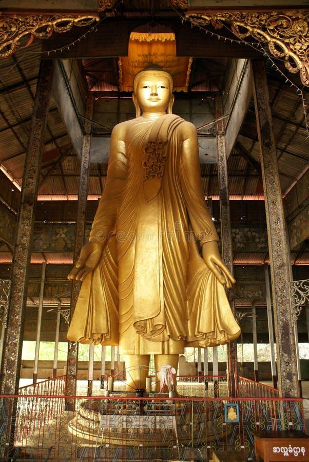 Buddha em mandalay imagem de stock