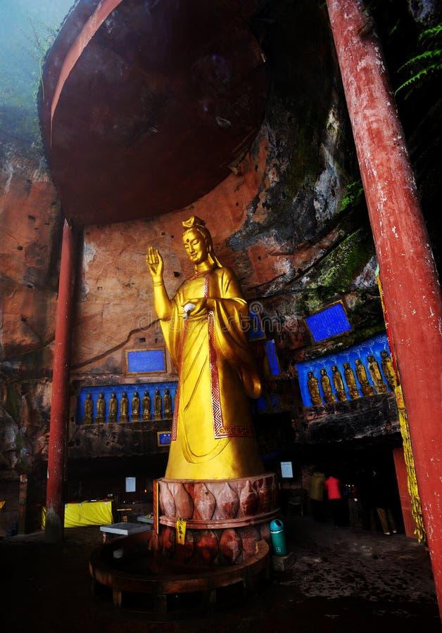 Buddha estando fotografia de stock royalty free