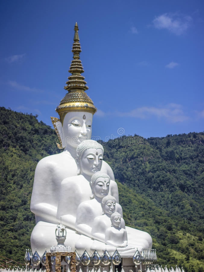 buddha fem arkivbild