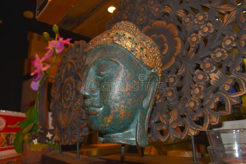 Buddha głowy statuy zakończenie up zdjęcie stock