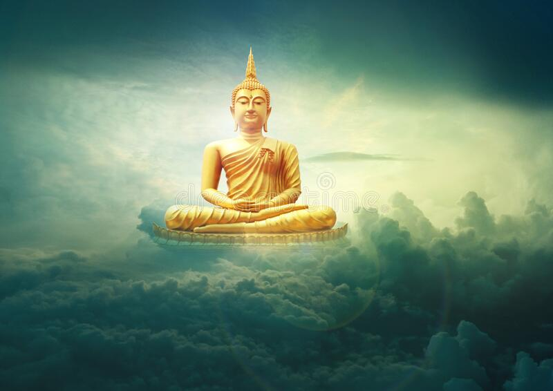BUDDHA GOLDEN STATUE MEDITATING IN HEVAN stock foto's