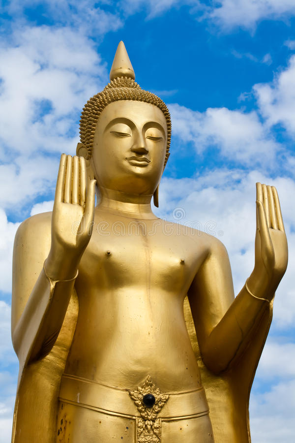 buddha guld- plattform staty arkivfoto