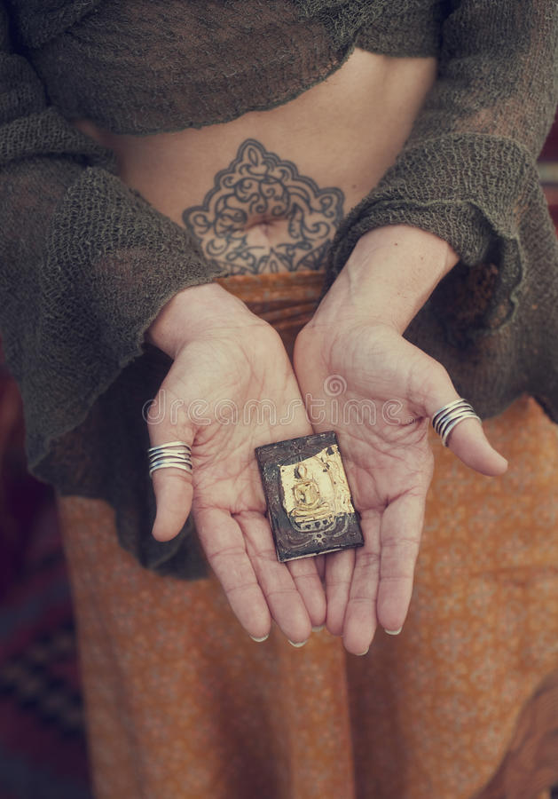 Free Buddha Hands Woman Offering  Royalty Free Stock Photo - 18822825