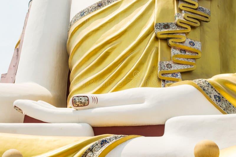 buddha handstaty royaltyfri bild