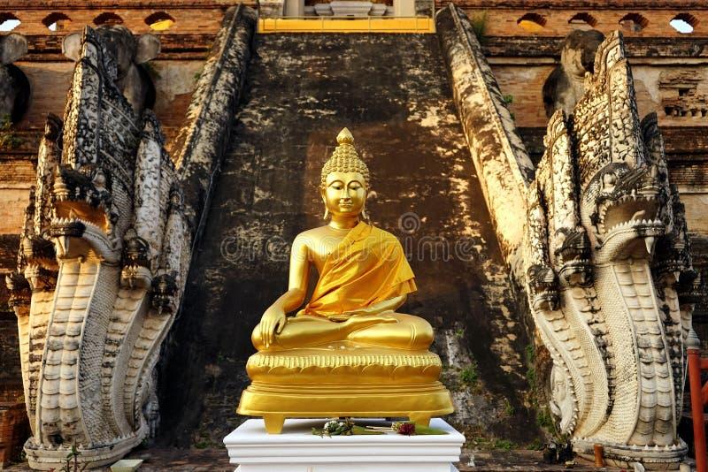 Buddha i Asien royaltyfri foto