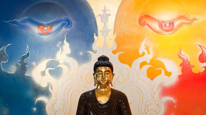 Buddha insiktstaty royaltyfri fotografi