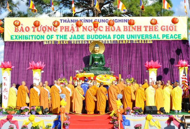buddha jade royaltyfri foto