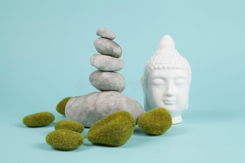 Buddha mech zen i skała obrazy stock