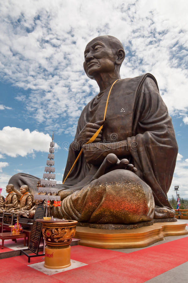 buddha monkstaty royaltyfri bild