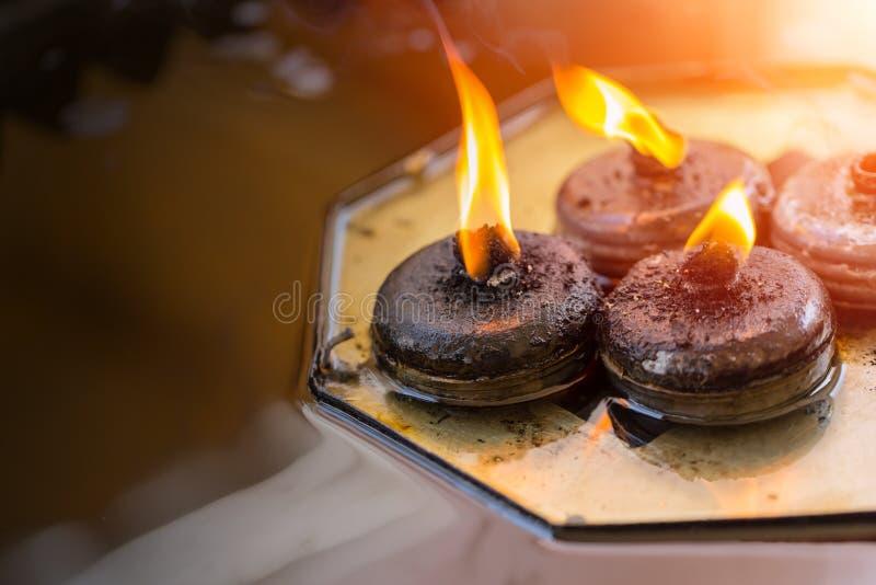 Buddha oleju ogienia świeczki lampion obrazy stock