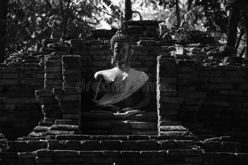 Buddha pagoda i statua obrazy stock