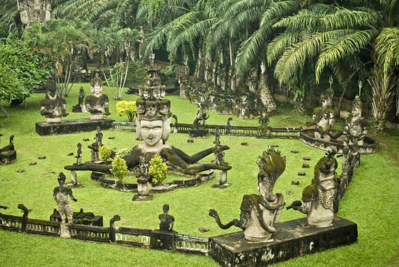 Buddha Park (Xiang Khouan) royaltyfria bilder