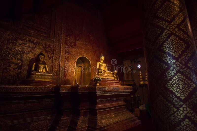Buddha, Phra Singha przy Watem Phra Singh Woramahaviharn, Tajlandia zdjęcia stock