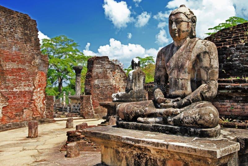 Buddha in Polonnaruwa Tempel stockfotos