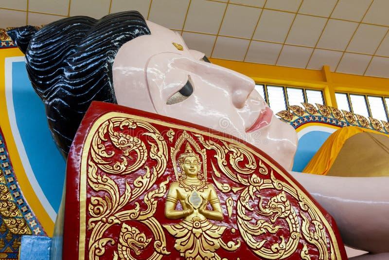 buddha reclining tempel George Town Penang, Malaysia royaltyfri fotografi