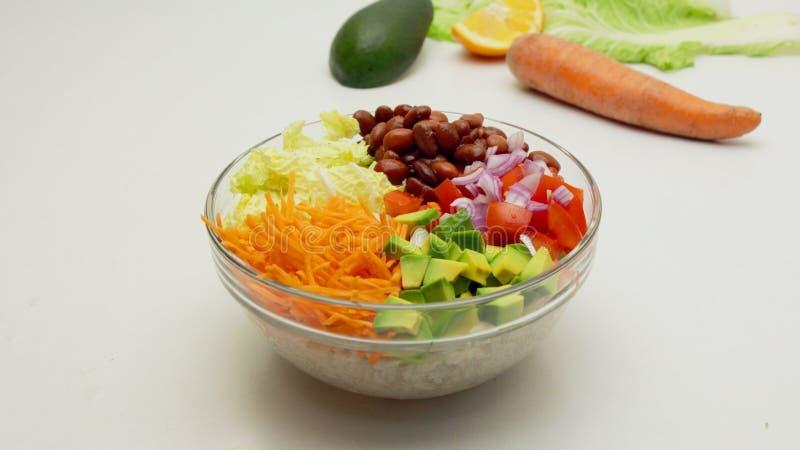 Buddha-Schüssel-, gesundes, vegetarisches und ausgeglicheneslebensmittel stockfoto
