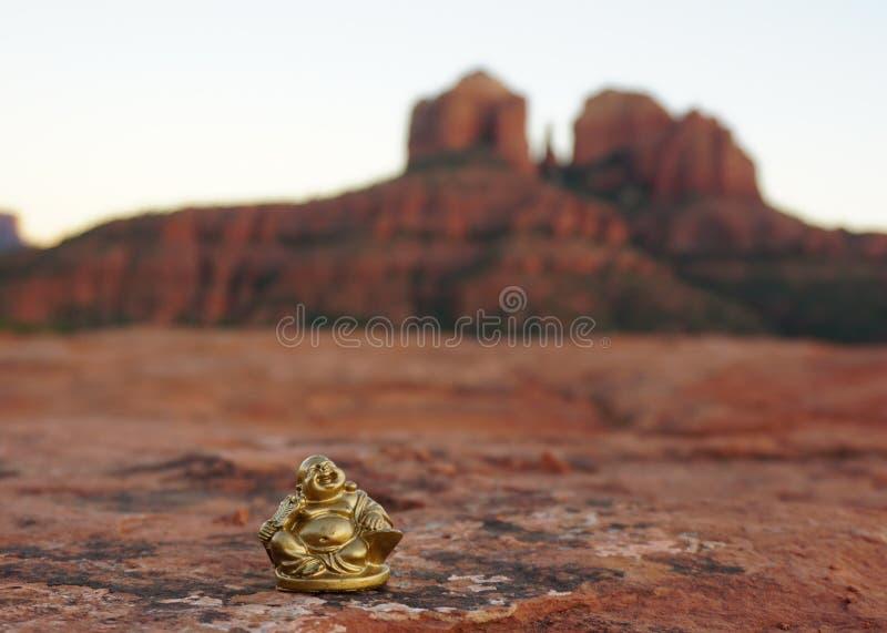 Buddha in Sedona lizenzfreie stockfotografie