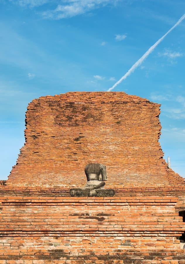 Buddha senza testa a Ayutthaya fotografia stock