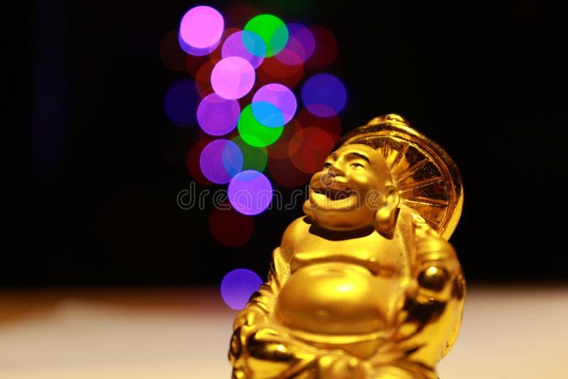 buddha skratta arkivbild