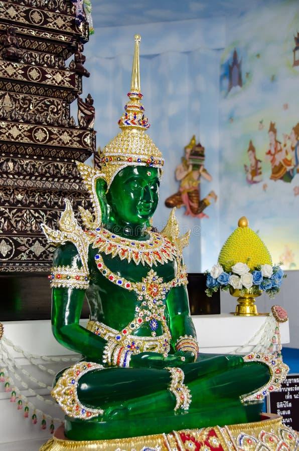 buddha smaragdstaty arkivbild