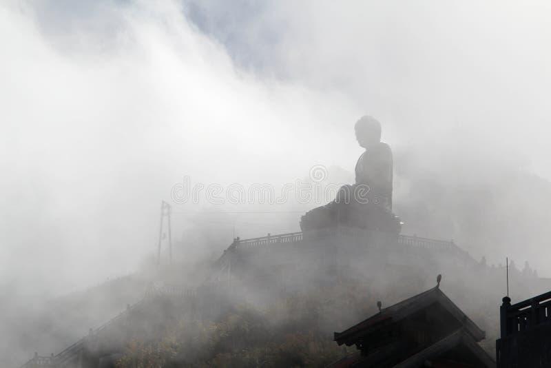 Buddha statua na wierzchołku Fansipan góra, Wietnam obraz royalty free