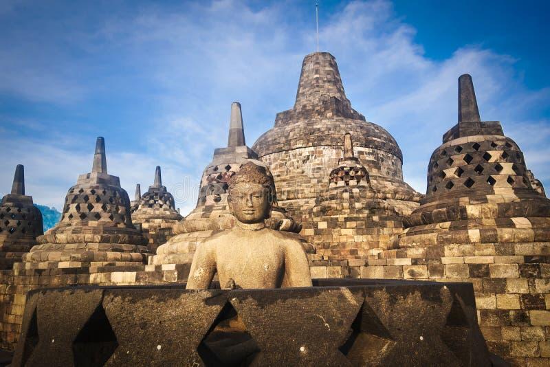 Buddha statua przy zmierzchem przy Borobudur, Jawa, Indonezja obrazy stock