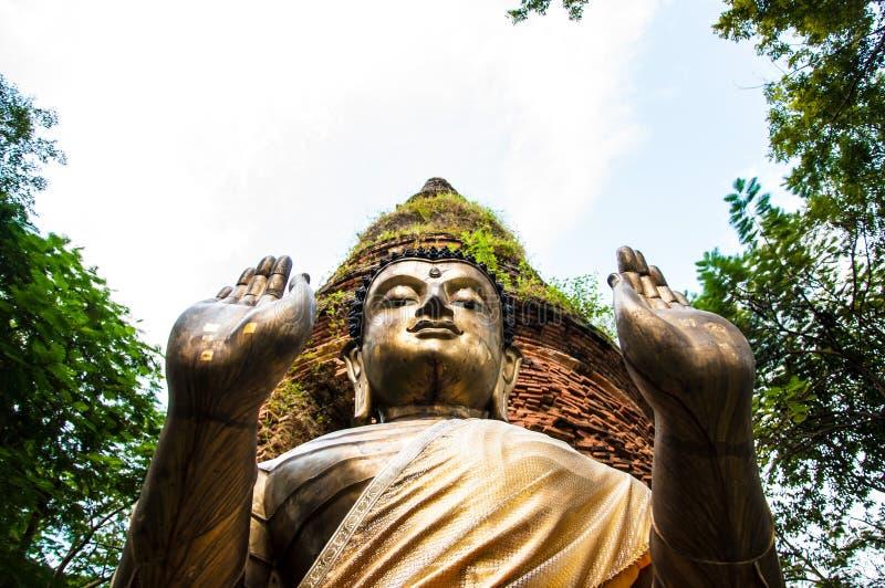Buddha statua w Chiang Mai zdjęcie royalty free