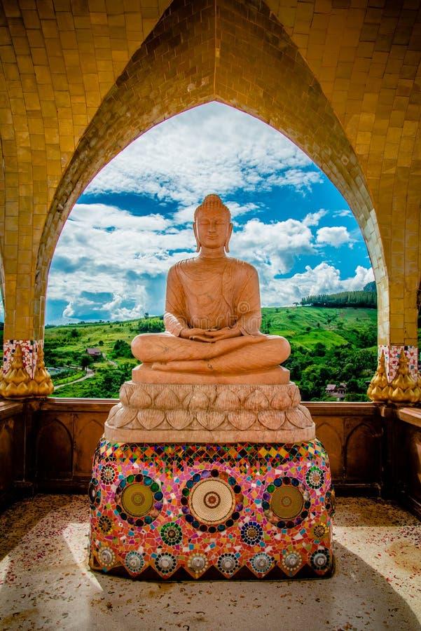 Buddha-Statue mit Marmor lizenzfreies stockfoto