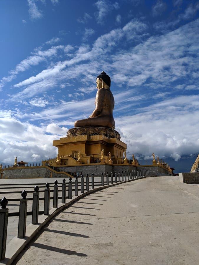Buddha-Statue in Buddha-Tempel lizenzfreies stockfoto