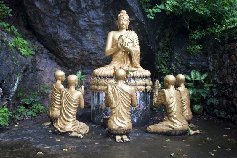 Buddha-Statuen stockfotos