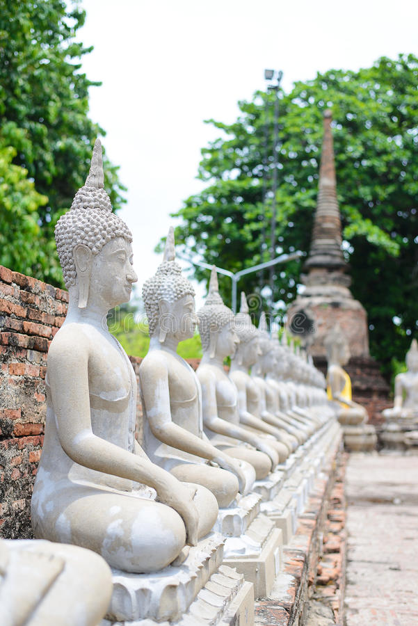 Buddha-Status an Famen Tempel stockbild
