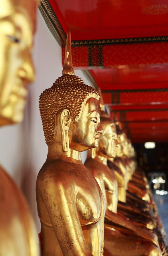 buddha statyer royaltyfri foto