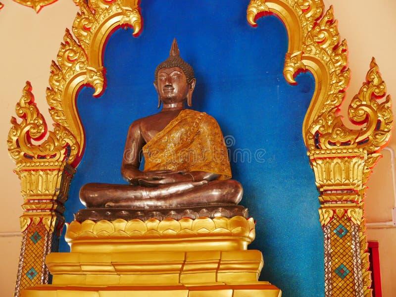 buddha statyThailand rayong arkivfoto