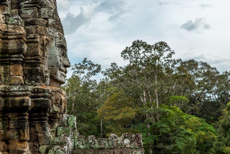 Buddha-Tempel im jungel lizenzfreie stockfotografie
