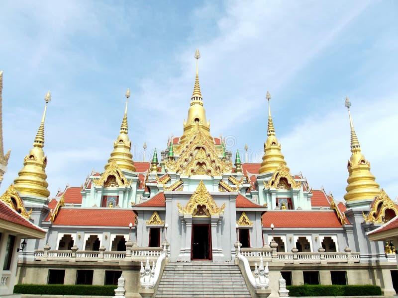Buddha-Tempel in Thailand lizenzfreie stockfotos