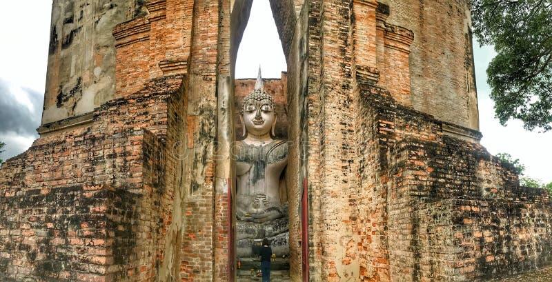 Buddha in tempio dell'amico di Sri fotografie stock libere da diritti