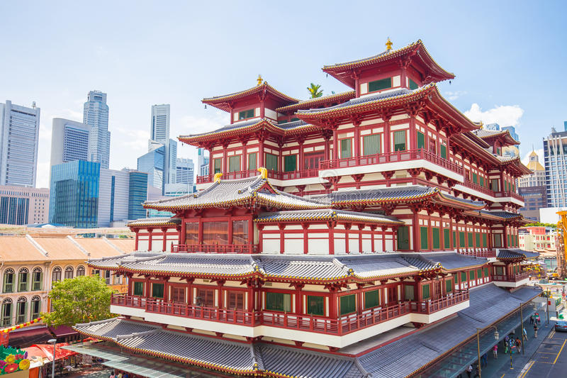 The Buddha Tooth Relic Temple in Singapore stock photography