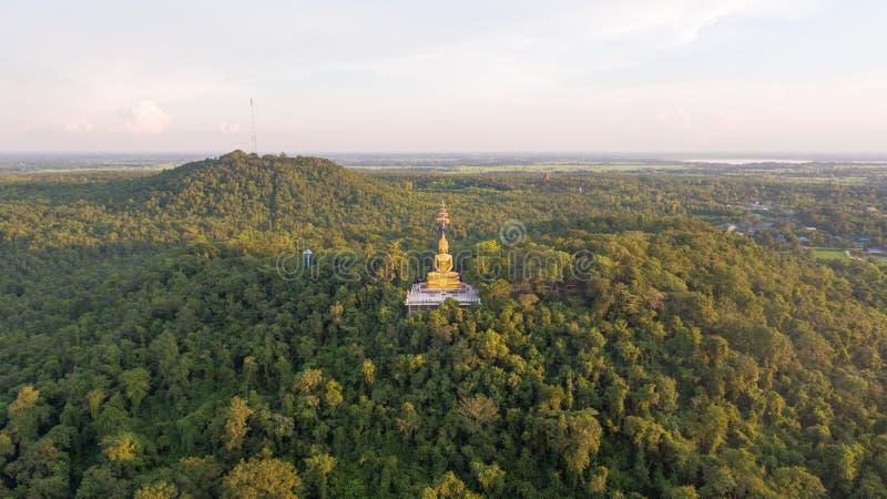 Buddha w Khao Kradong lasu parku, Buri baran, Tajlandia zdjęcie stock
