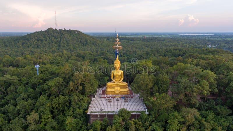 Buddha w Khao Kradong lasu parku, Buri baran, Tajlandia fotografia stock