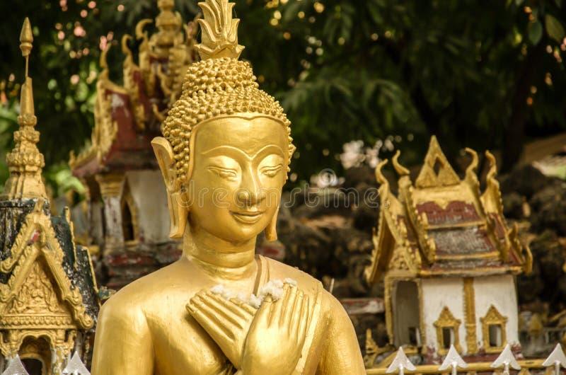 Buddha wizerunek w Wacie Si Muang lub Simuong jest Buddyjskim świątynią lokalizować w Vientiane kapitał Laos zdjęcia royalty free