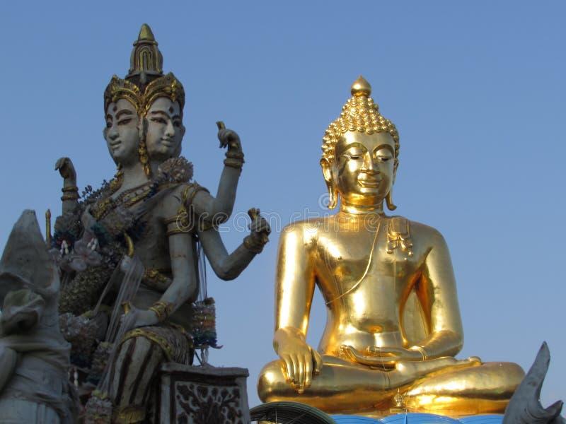 Buddha wizerunki przy Złotym trójbokiem Tajlandia fotografia royalty free