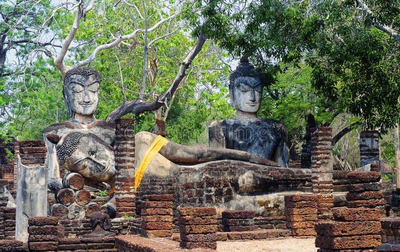 Buddha wizerunki w Kamphaeng Phet Dziejowym parku, Tajlandia obrazy royalty free