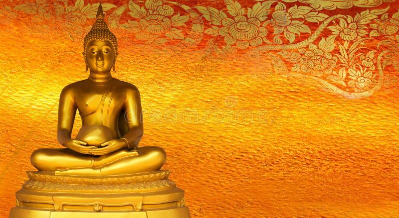 Buddha złocistej statuy złoty tło deseniuje Tajlandia.
